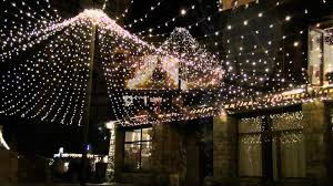 christmaslights-brittany-france-saintjacob