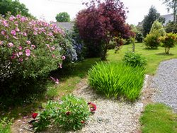 garden B&B Saint Jacob close to Rochefort en terre, la Gacilly